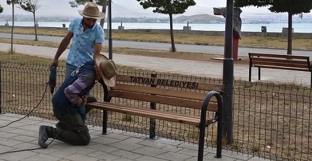 Tatvan'daki parklar onarılıyor
