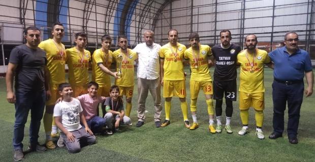 TATSO futbol takımı fuar turnuvasında ikinci oldu
