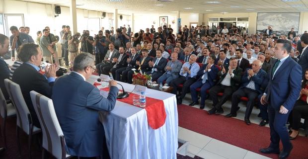 TATSO heyeti Hakkari ve Yüksekova'da düzenlenen toplantılara katıldı