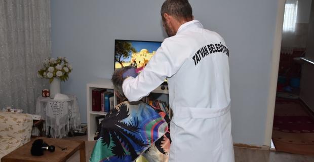 Tatvan Belediyesinden evde tıraş hizmeti başladı