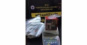 Bitlis'te uyuşturucu ve kaçak sigara yakalandı!