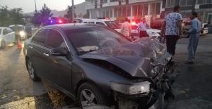 Tatvan'da trafik kazası: 1'i ağır, 3 yaralı!