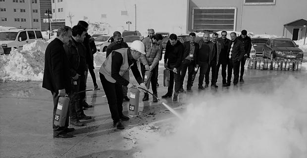 """Devlet Hastanesinde """"Yangın Söndürme Tatbikatı"""" düzenlendi"""