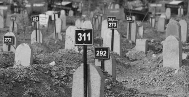 Garzan Mezarlığı'ndan çıkarılan cenazeler için 15 aile savcılığa başvurdu