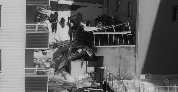 Bitlis'te kafenin teras çatısı çöktü: 1 ölü, 7 yaralı! - GÜNCELLENDİ