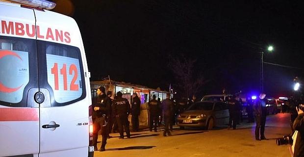 Tatvan'da silahlı kavga: 1'i ağır 4 yaralı!