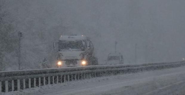 Tatvan-Van karayolu ulaşımı kapatıldı!
