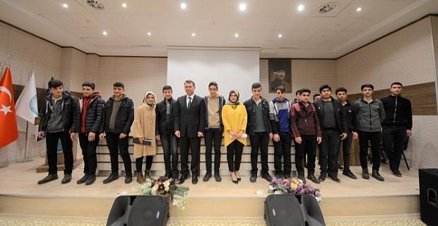 BEÜ'de 'Mehmet Akif Gençlik ve Millet Paneli' düzenlendi