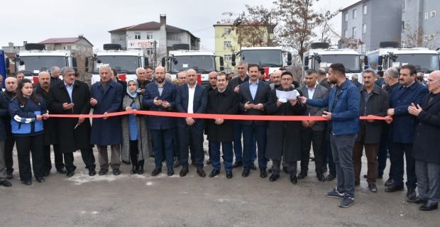 Tatvan Belediyesi 13 yeni hizmet aracı aldı