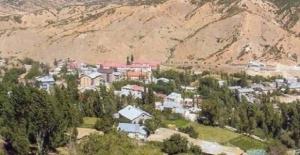 Bitlis#039;te bir köy tamamen karantinaya...