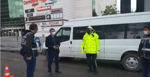Tatvan kaymakamı Özkan'dan görevdeki polislere bayram ziyareti