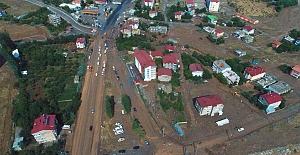 Tatvan#039;da sel: Çok sayıda ev...