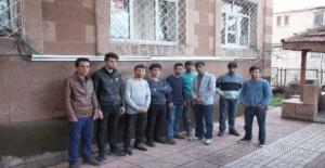 Ahlat'ta 9 kaçak yakalandı!
