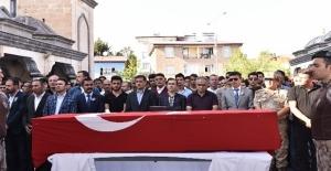 Tatvan'da kazada ölen polis Ahlat'ta defnedildi