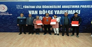 Ahlat'ın 4 projesi TÜBİTAK yarışmasında dereceye girdi