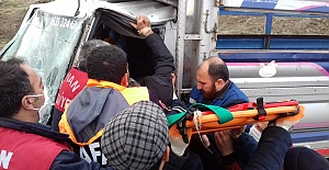 Tatvan'da trafik kazası: 1 yaralı!
