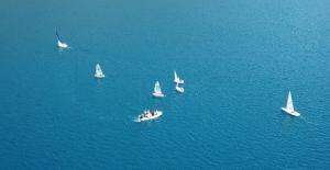 Nemrut'ta bisiklet turu düzenlendi, yelken gösterileri yapıldı