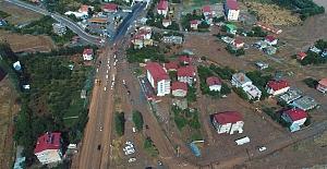 Tatvan'da sel: Çok sayıda ev ve iş yeri sular altında kaldı!